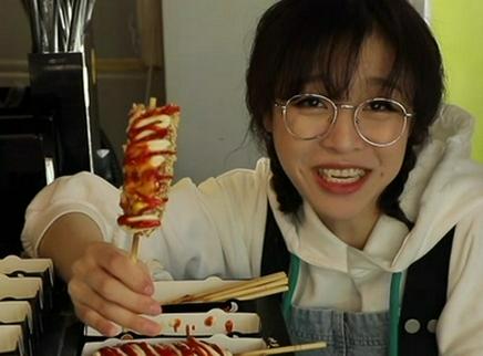 【大胃王mini】火爆全网的芝士热狗,爆浆拉丝才是芝士控的快乐源泉
