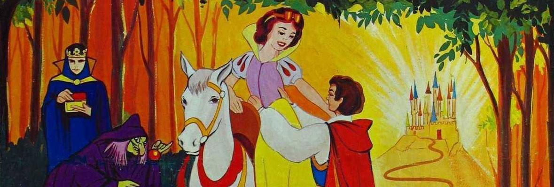 名为白雪的妙龄公主,为躲避继母邪恶皇后的迫害而逃到森林里,在动物们
