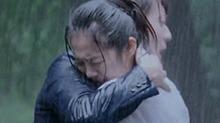 《<B>旋风少女</B>2》陈翔安悦溪荒岛play:暴雨湿身撕扯欲复合?