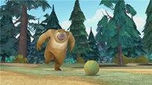 熊二的花式足球帅气飞踢