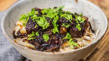 【美食台】好吃的红烧牛肉面,原来要这样做!