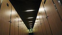 亚洲排名最差广州白云机场不服 邀媒体参观厕所