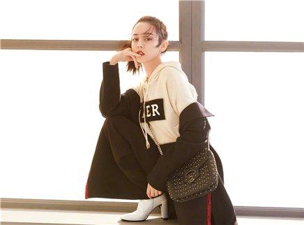 【时装L'OFFICIEL】迪丽热巴登《时装》杂志十一月刊封面