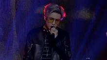 薛之谦出席全球流行音乐盛典 压轴演唱《初学者》飙热舞