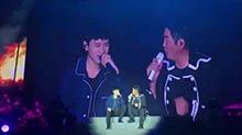 张杰惊喜现身<B>孙楠</B>杭州演唱会 合唱一曲《她来听我的演唱会》