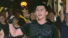 李晨领衔众人展现军人风采 献唱《冲向巅峰》超帅气