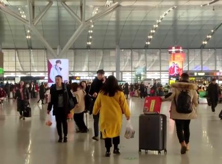 长沙火车南站:1日发送旅客9.8万人