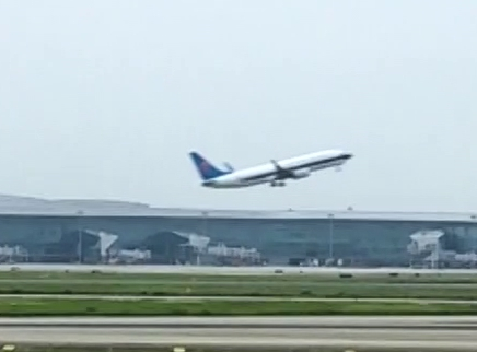我国暂停波音737max8飞机商业运行
