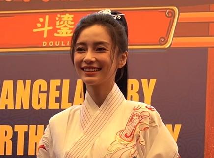 Angelababy成都生日会