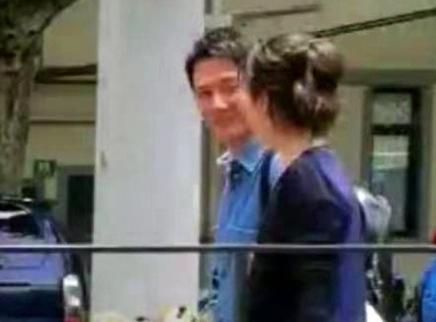 冯绍峰离婚后现身上海拍戏