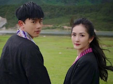 张杰庆祝与谢娜结婚十周年